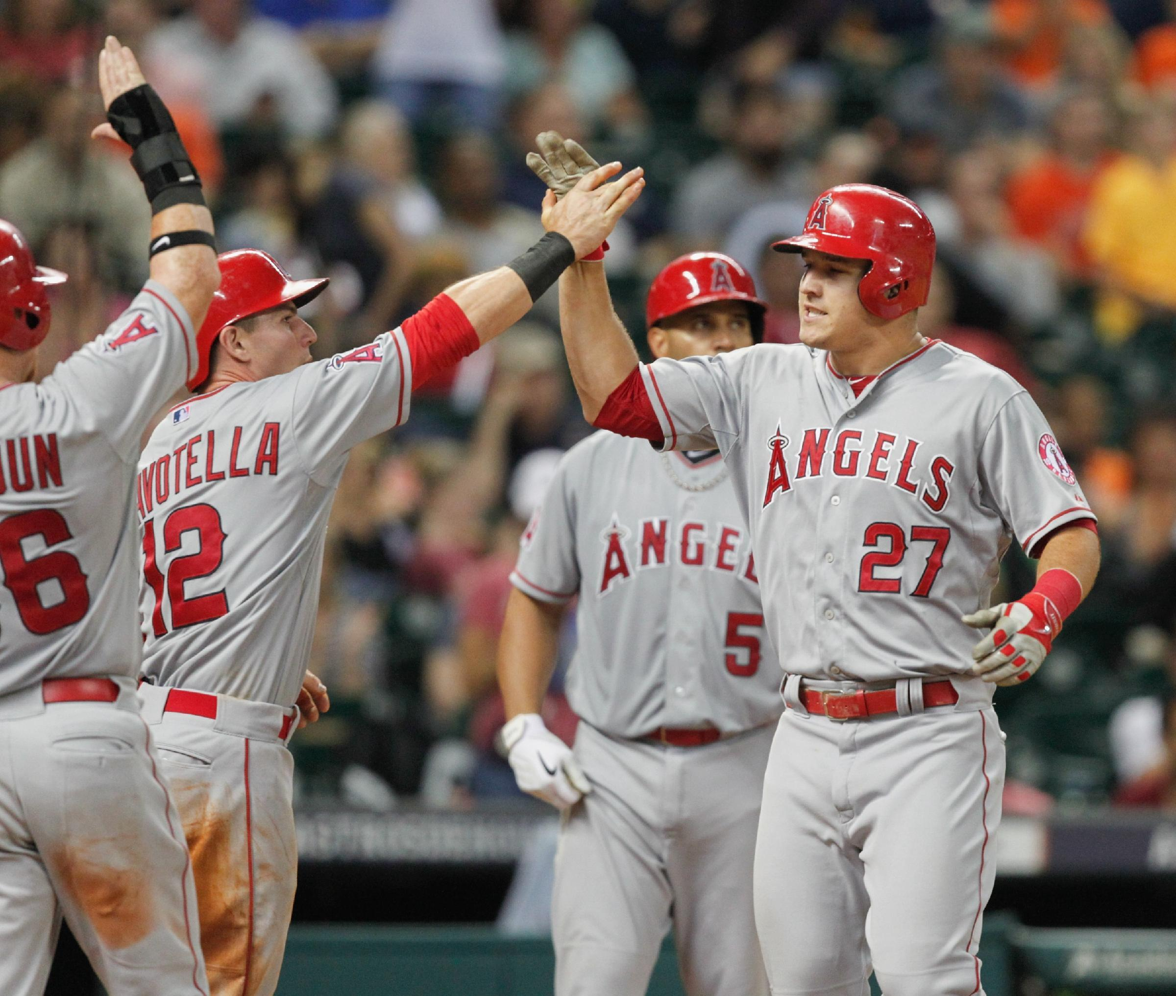 Mike Trout becomes youngest player to hit 100 home runs, steal 100 bases