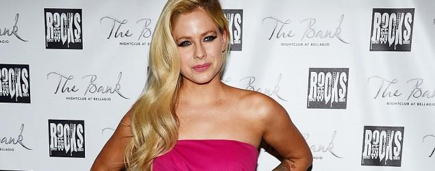 Avril Lavigne: 'I thought I was dying'