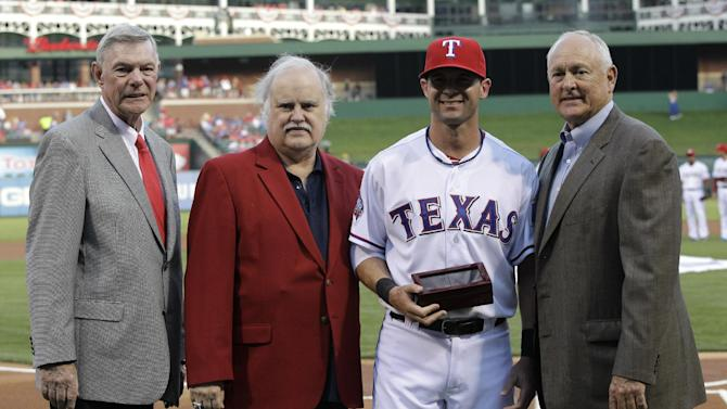 Selig: Davis to become Rangers' controlling owner
