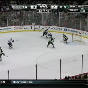 Devan Dubnyk Save on Jake Muzzin (17:53/1st)