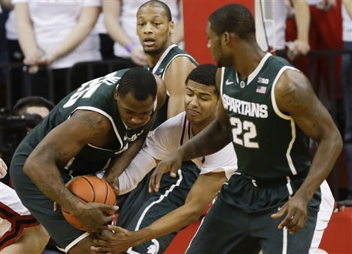 Appling scores 16 in No. 8 Spartans' 73-64 victory