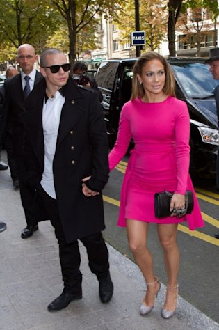 Jennifer Lopez and Casper Smart are seen arriving at the Royal Monceau hotel in Paris on October 2, 2012 -- Getty Premium