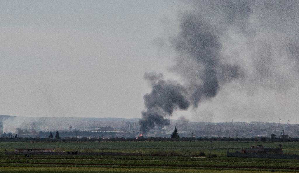 Islamists enter flashpoint city in northwest Syria: monitor