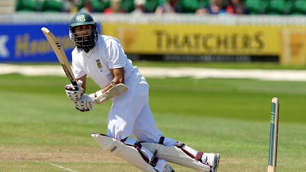 Hashim Amla steadied the ship for South Africa after a couple of early wickets