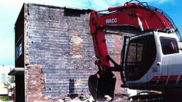 Government damages wall, asks owner to pay for it