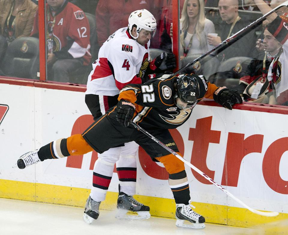 Andersen makes 26 saves, Ducks edge Senators 2-1