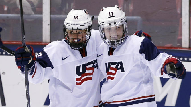 US and Canadian women's hockey teams fight again