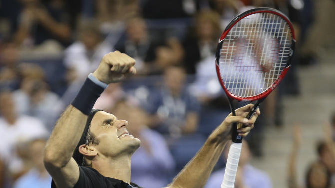 Federer saves 2 match points, reaches US Open SF
