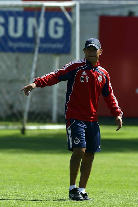CHIVAS_TRAIN_AMBRIZ