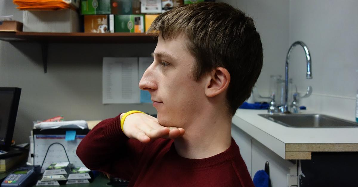 Doctor: How To Lift A  Saggy Neck  [Watch]