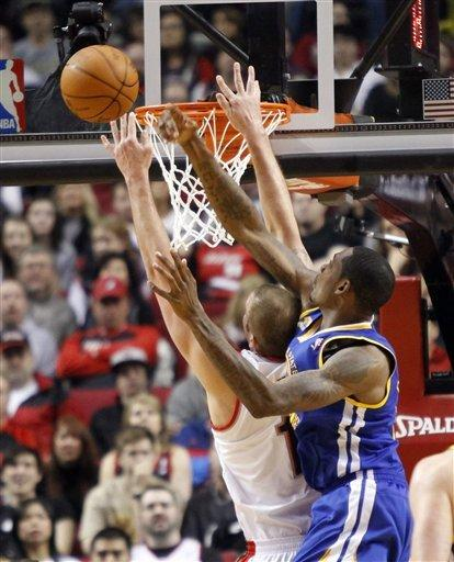 Aldridge, Felton lead Blazers past Warriors, 90-87