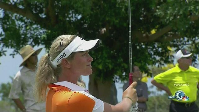 Suzann Pettersen maintains lead in Hawaii [AMBIENT]