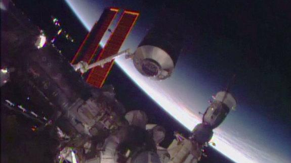 Space Station Module Move Makes Room for Private Spaceships