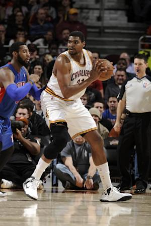 Cavaliers suspend center Andrew Bynum