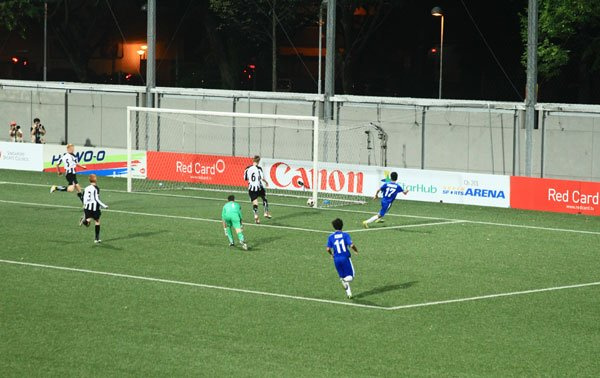 Faridzuan Fuad scores the winner in the dying minutes. (Photo by The Red Card Pte Ltd)