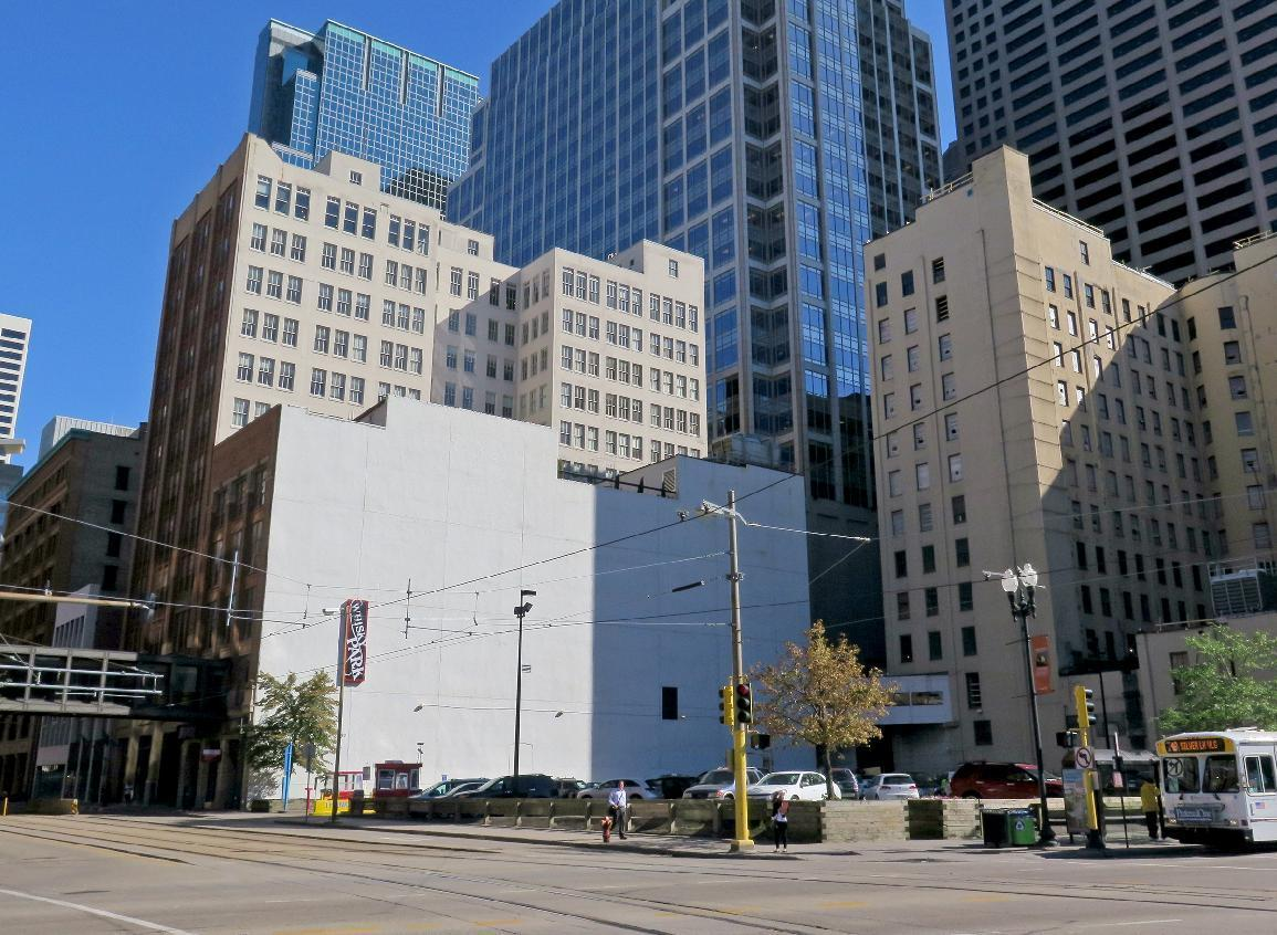 Minneapolis building to get giant mural featuring Bob Dylan
