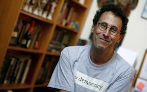 Tony Kushner Supporters Flood CUNY with Complaints