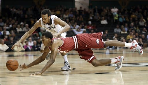 Vanderbilt snaps 4-game skid, beats Arkansas 67-49