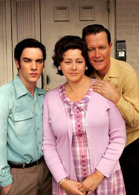 "Elvis (Jonathan Rhys-Meyers) and his parents Gladys (Camryn Manheim) and Vernon (Robert Patrick) ""Elvis"" - 2005"