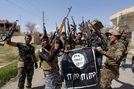 Iraqi forces drive Islamic State out of central Tikrit: PM