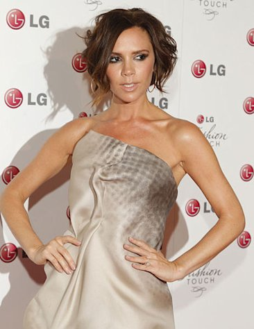 Victoria Beckham loves to rock short hairstyles