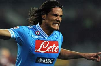Manchester City & Chelsea target Cavani wants to leave Napoli, claims mother