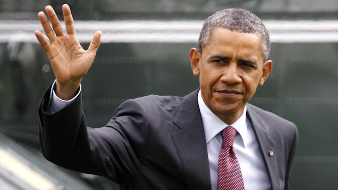 President Barack Obama walks on the South Lawn at the White House in Washington, Friday, Sept. 9, 2011 as he returns from Richmond, Va.   The President had traveled to Richmond to pitch his newly unveiled jobs plan.  (AP Photo/Charles Dharapak)