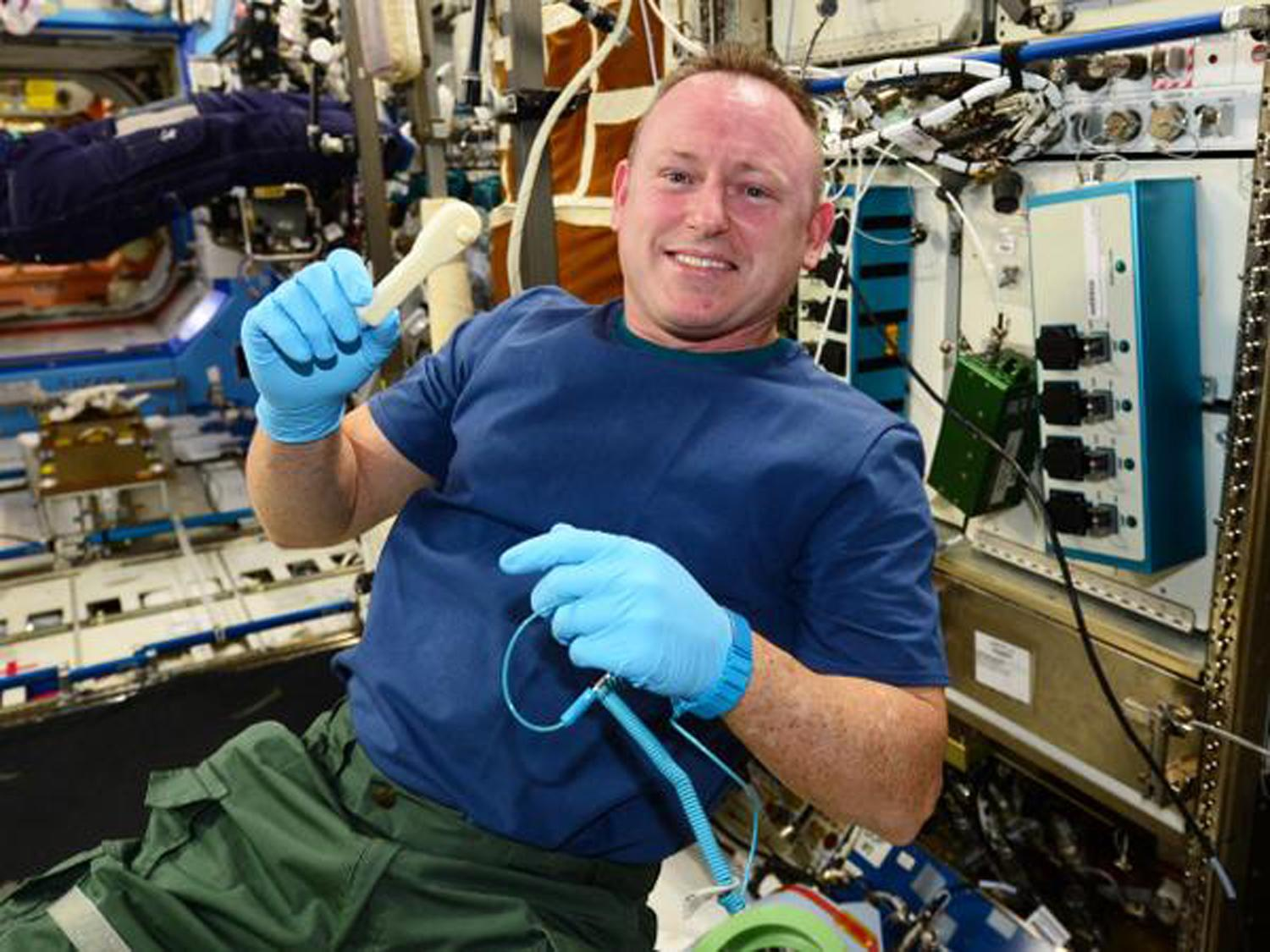 ISS crew gets new ratchet -- over email