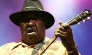 Blues Musician Magic Slim Dies Aged 75