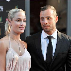 Pistorius Trial: Cricket Bat, Toilet Door In Court
