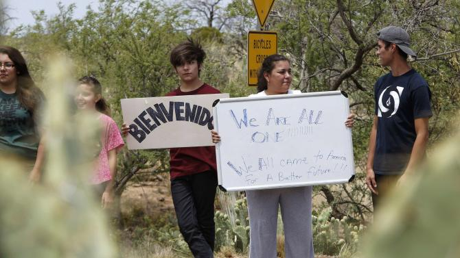 support of undocumented immigrants in Oracle, Arizona