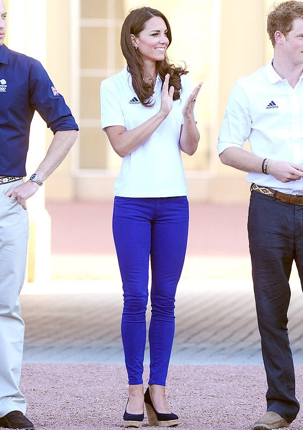 Kate Middleton Looks Trendy In Colorful, Skin Tight Jeans