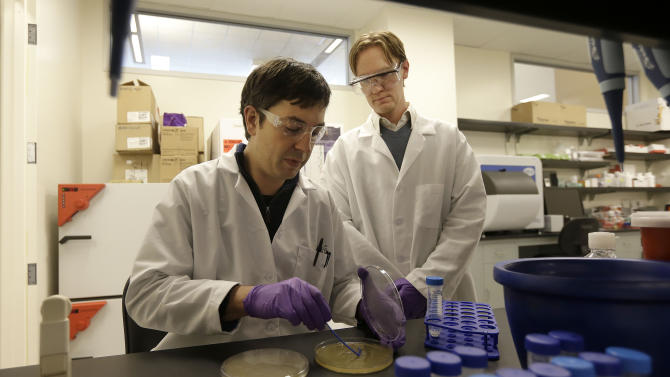 Drug companies forge partnerships with top schools