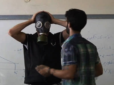Syrian Teaches Class on Surviving a Gas Attack