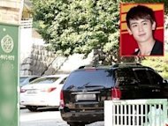 Nichkhun spends time off helping at a disabled centre