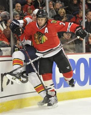 Blackhawks beat Panthers 3-1 to take NHL lead