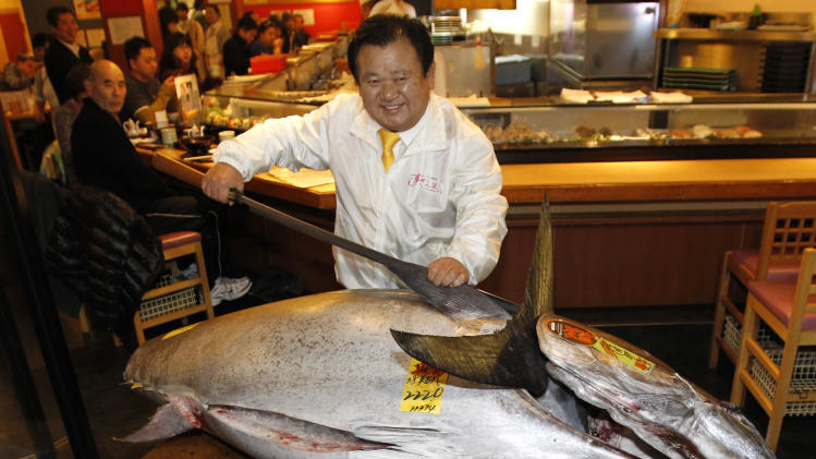 Bluefin tuna sells for record $1.76M in Tokyo