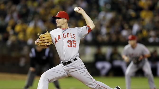 Angels beat A's to drop Oakland into wild-card tie