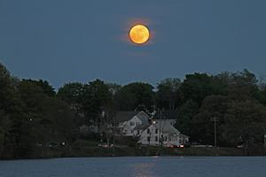 'Supermoon' Rising: How to Photograph This Weekend's Full Moon