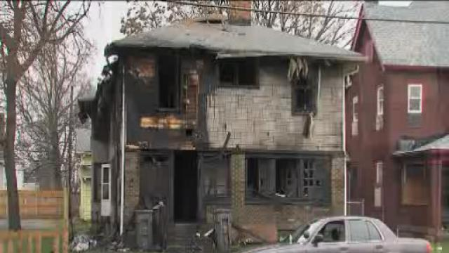 Boy killed, 5 hurt in apartment fire