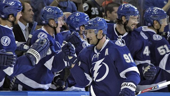 Stamkos has hat trick, Lightning beat Panthers