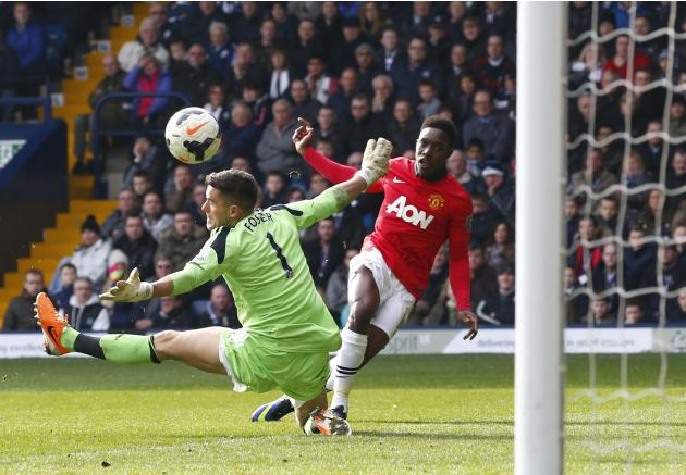 Manchester United's Welbeck scores goal past West Bromwich Albion's Foster during their English Premier League soccer match at The Hawthorns in West Bromwich