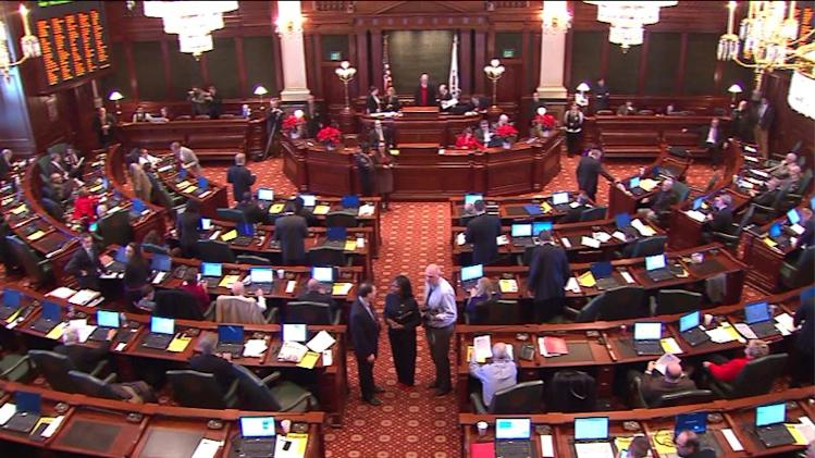 ambitious bill to wipe out Illinois` massive public employee pension