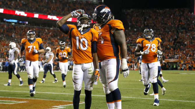 Manning, Sanders lead Broncos past Chargers, 35-21