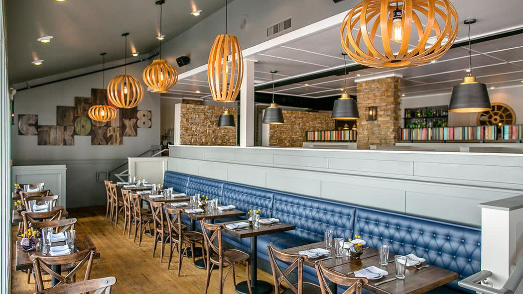 Two Stars for Paper Mill Grill; First Look at Poco Pomodoro