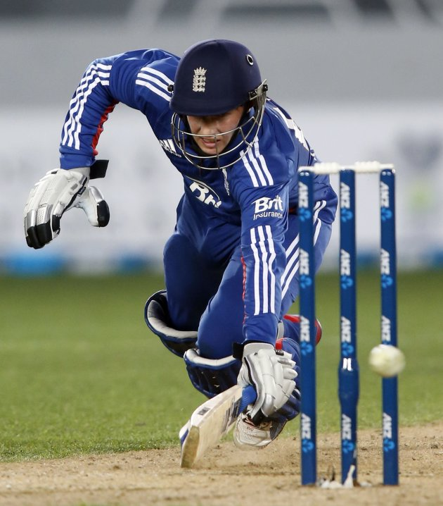 Joe Root of England dives to make his ground against New Zealand during the final cricket match