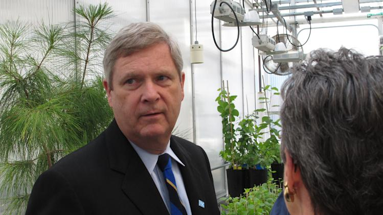 Vilsack touts PSU research, stumps for farm bill