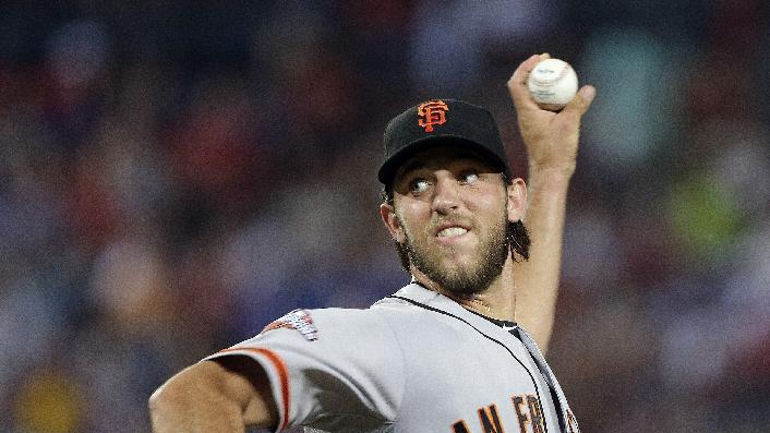 Bumgarner dominates as Giants blank Braves 6-0
