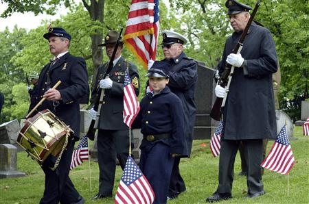 Veteran Smith leads members of Grand Army of Republic Post 88, Pittsburgh, and Armbrust Veterans and Civil War Re-enactors, for ceremony at graveside of Guibert, a Union Civil War drummer boy, in Pitt