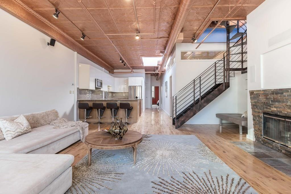 Leather District Penthouse Comes With Gigantic Roof Deck